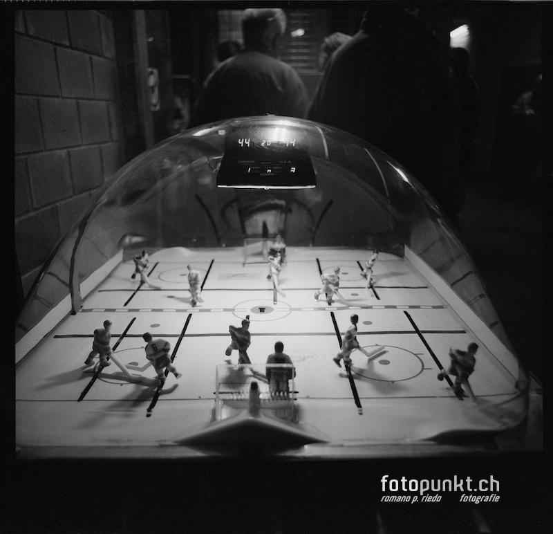 http://romanoriedo.ch/files/gimgs/20_toeggelichaschte-hockey-s-l.jpg